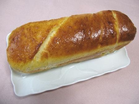 くるみとクリームチーズのパン